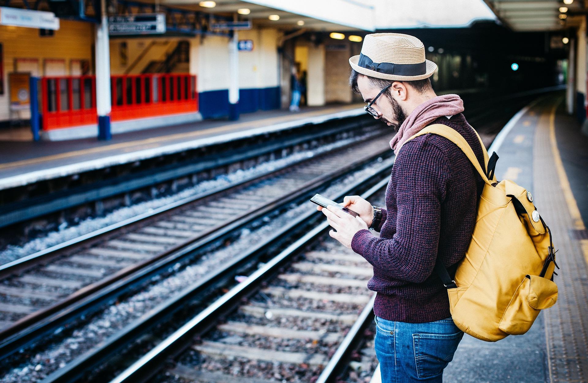 man-searching-at-station