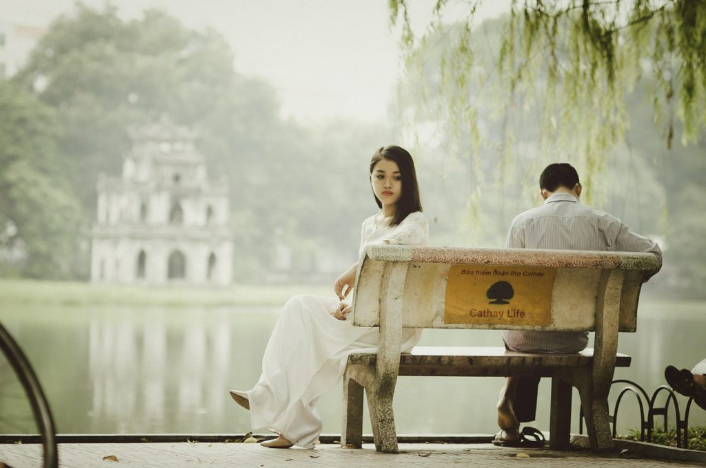 heartsickness-woman-man