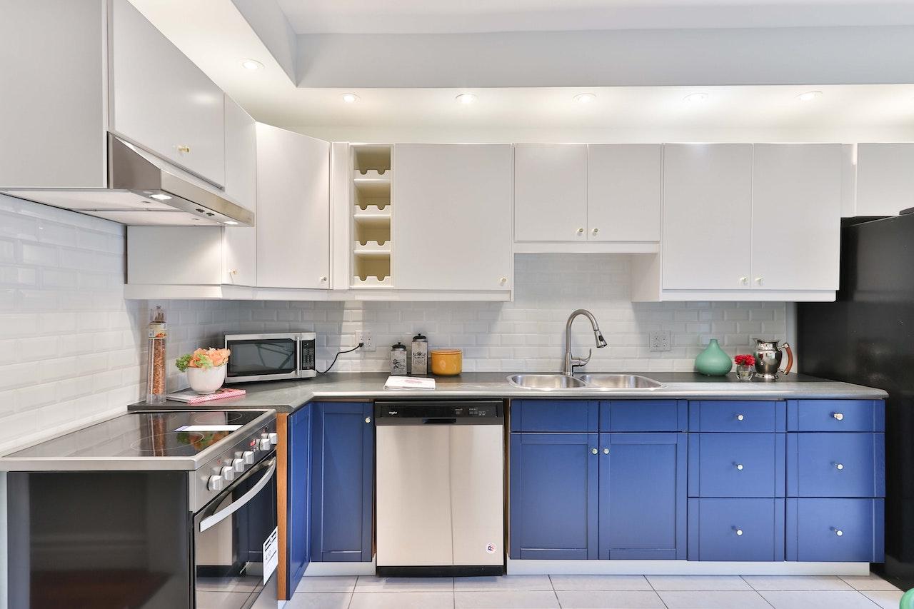 kitchen-dishwasher