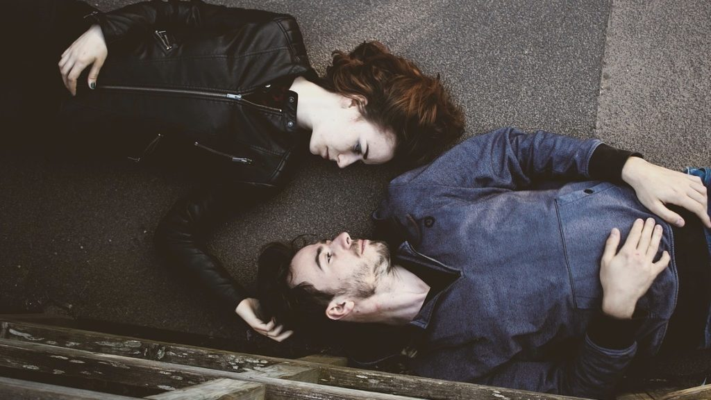 couple-touching