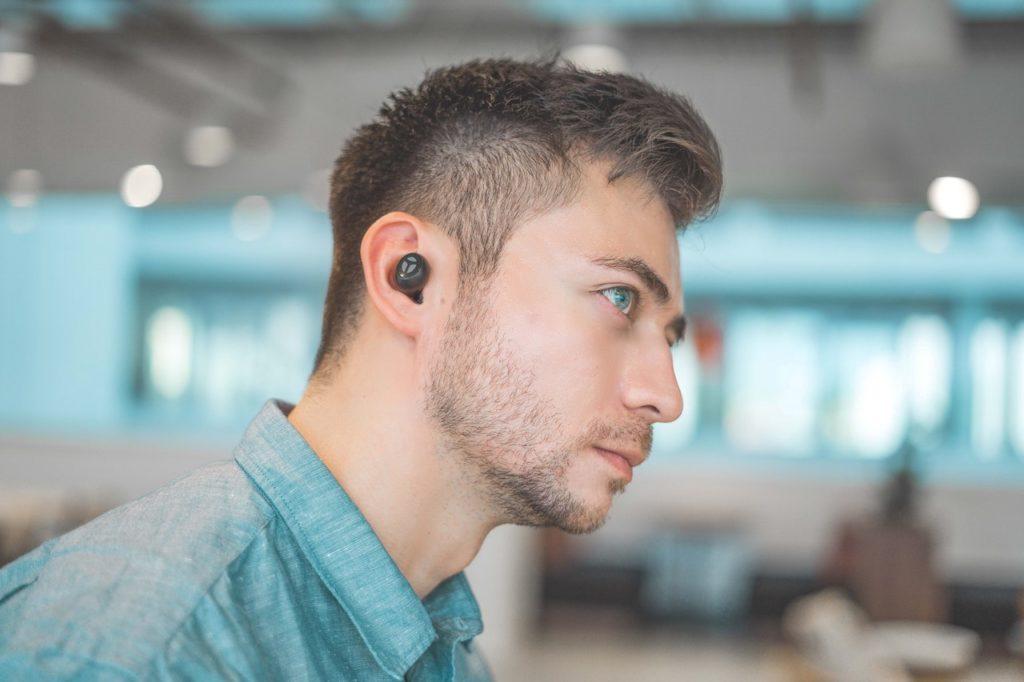 man-wireless-earphone