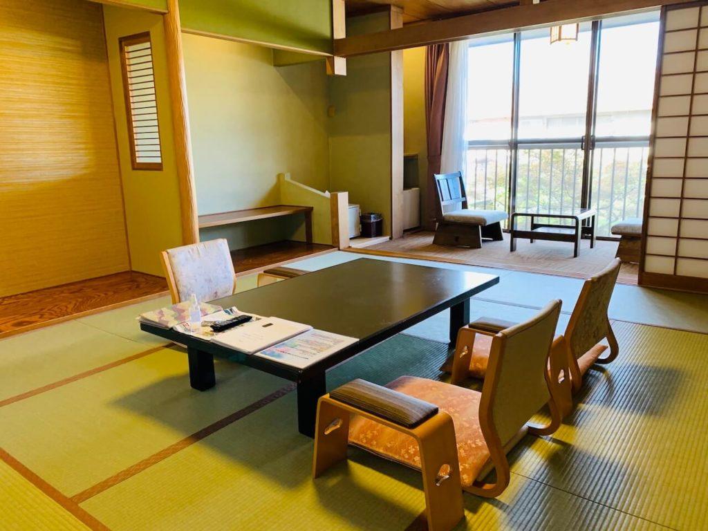 hotel-koushien-room-1